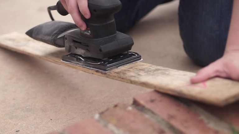 manomano mano mano the handy diy do it yourself pallet project where to find how to search free cheap sander