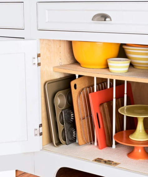 10 Clever Ways of Organising your Home the handy mano handymano manomano mano diy do it yourself projects home improvement organisation tips tricks hacks tidy tension rod cupboard horizontal