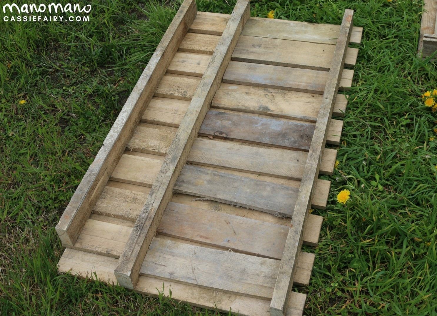 the handy mano manomano diy pallet project measure