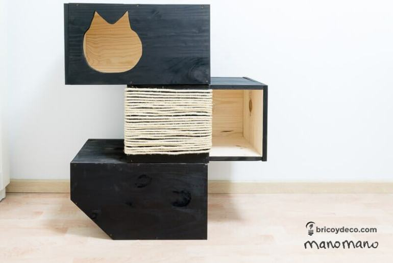 comment fabriquer un arbre chat diy a la mano. Black Bedroom Furniture Sets. Home Design Ideas