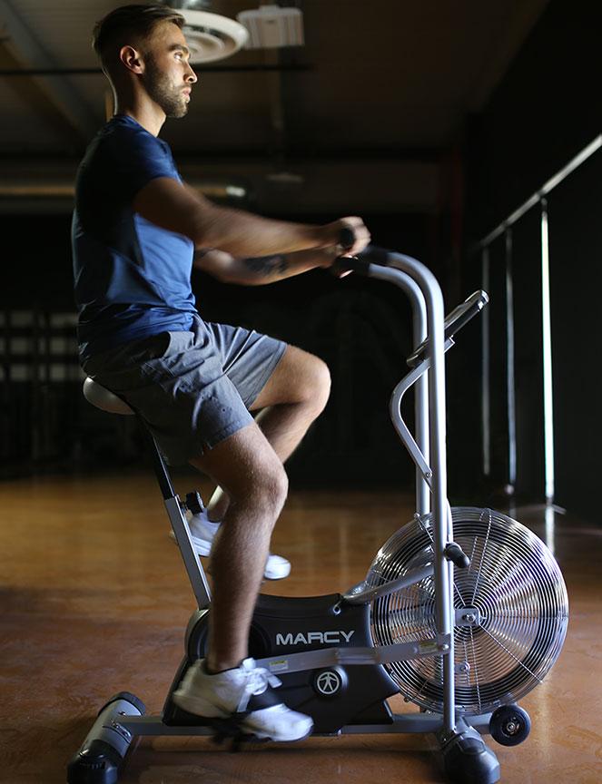 Model-Riding-Deluxe-Fan-Bike-Marcy-AIR-1
