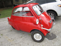 1960 Isetta at The Art Post EAST 2014
