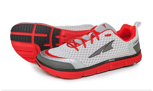 Altra Instinct 3.0 in Silver and Red