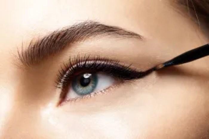 makeup-Smoldering-Eyeliner