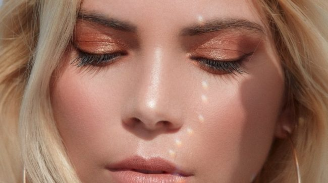 Tutorial-Soft-Glam-Makeup-Eyeshadow-Warna-Netral
