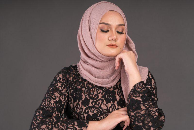 Tutorial-Soft-Glam-Makeup-untuk-Lebaran-Virtual
