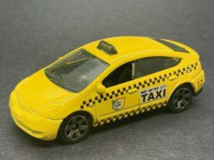 Matchbox MB1025 : Toyota Prius Taxi (2017 Basic Range & 2021 5 Pack)