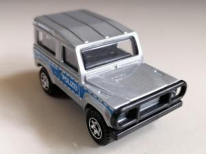 MB180 : Land Rover Defender 90