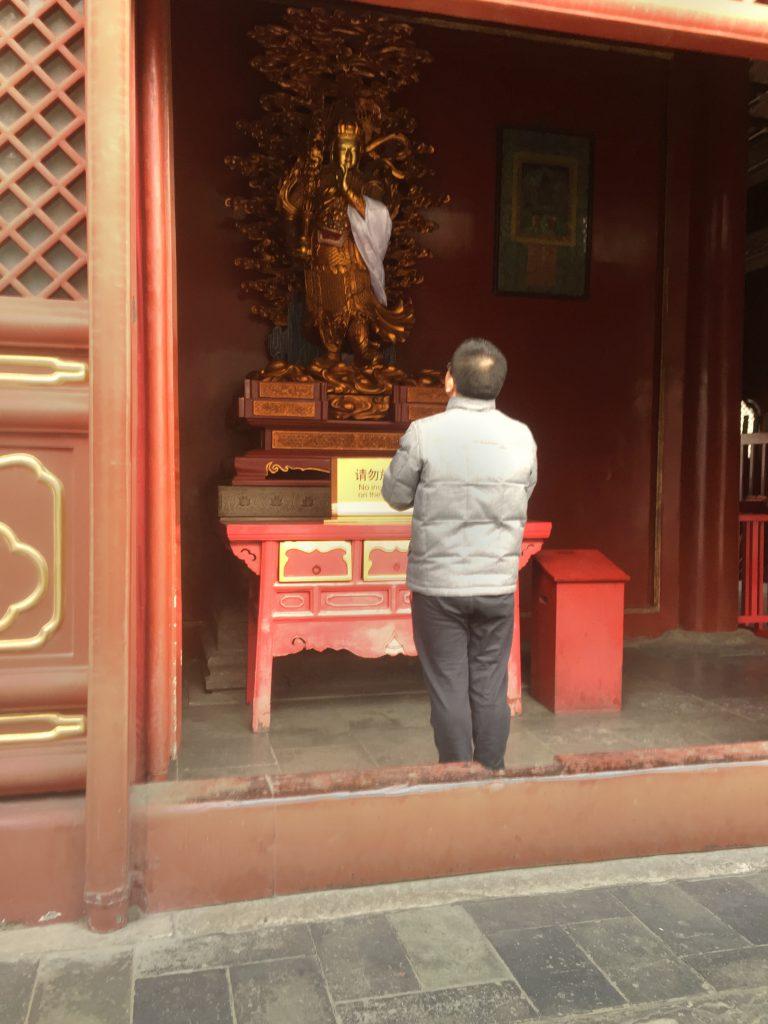 Monille kiinalaisille Lamatemppeli on pyhä paikka, jonne mennä rukoilemaan.