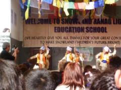 Aufführung in der Snowland Ranag School_2