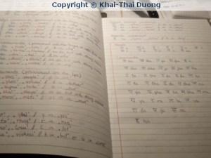 Die nepalesischen Schriftzeichen unterscheiden sich völlig von denen, die wir kennen... (Foto: Khai-Thai Duong / mein-Nepal.de)