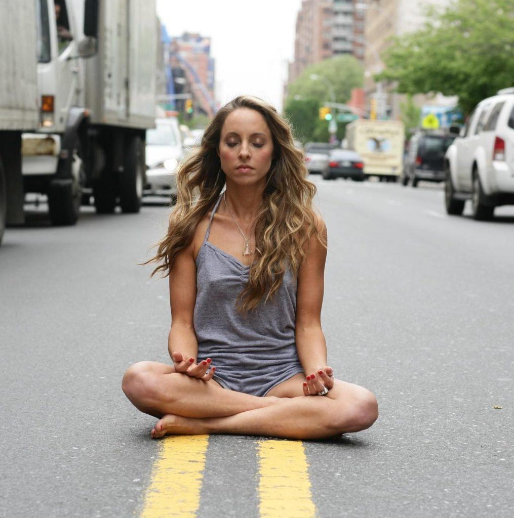 meditação na rua
