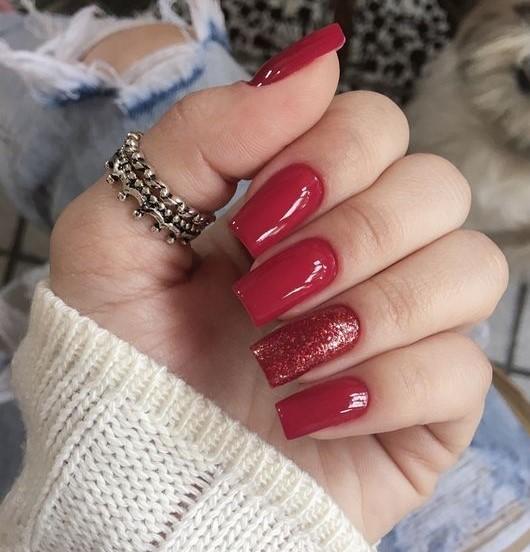unha vermelha