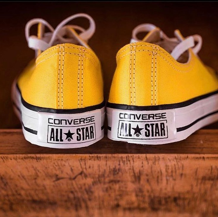 all star amarelo