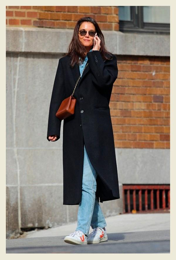 Katie Holmes vert shoes