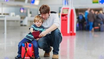 Resultado de imagen de children with father travel
