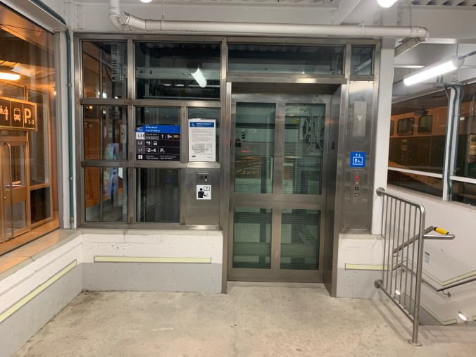 Image shows the elevator to Track 1 at Oakville GO