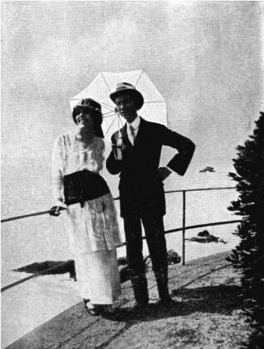 2-amalia-guglielminetti-e-guido-gozzano-sulla-riviera-ligure-agosto-1914