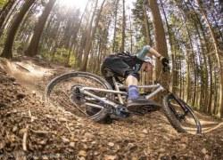Riemenantrieb an vollgefederten Mountainbikes – ein Trend?
