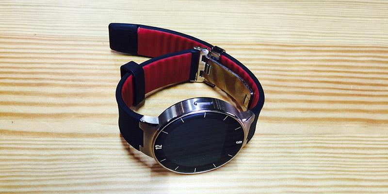 Alcatel Watch - Hodinky v celé své kráse