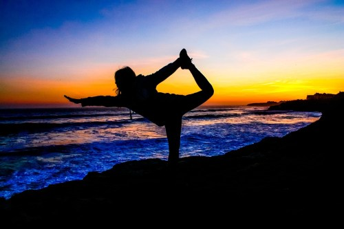 7-ways-yoga-helps-with-fitness