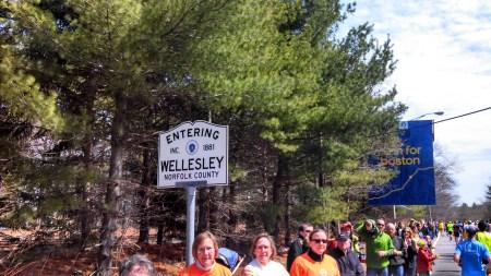 boston marathon wellesley