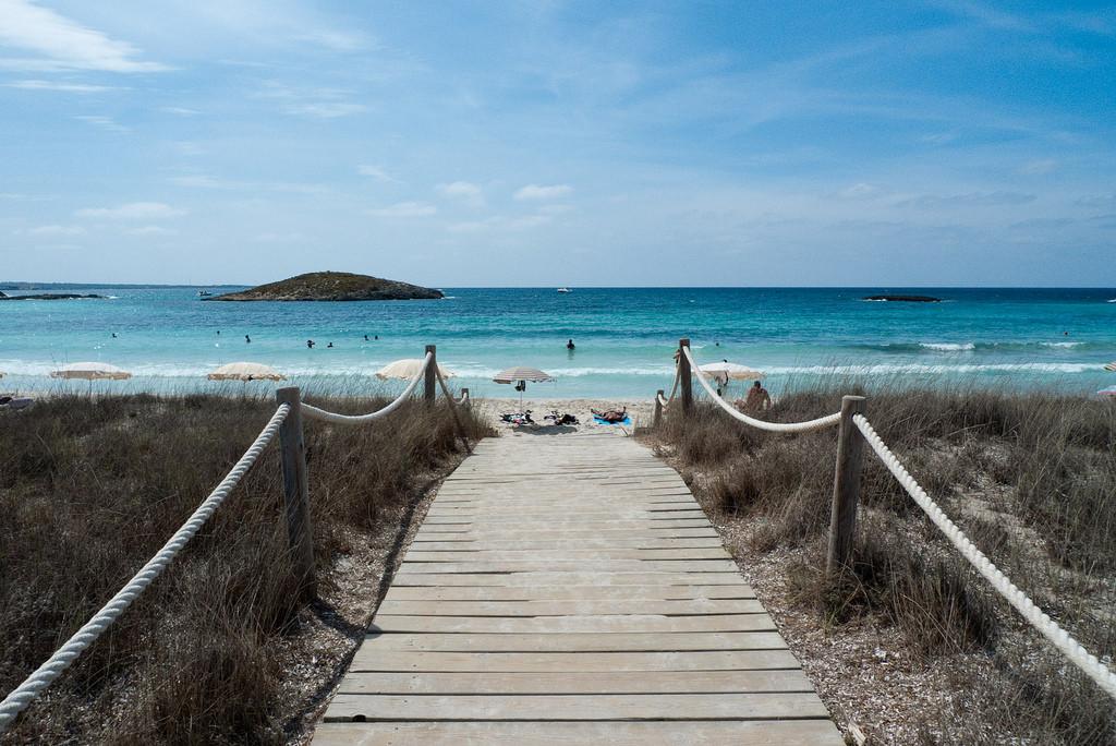 Down to the beach by David Sim