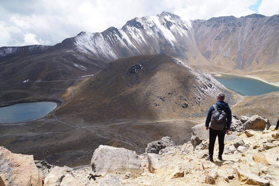 Mike Brouwers at the Nevado de Toluca volcano with his Minaal Daily Hiking Backpack