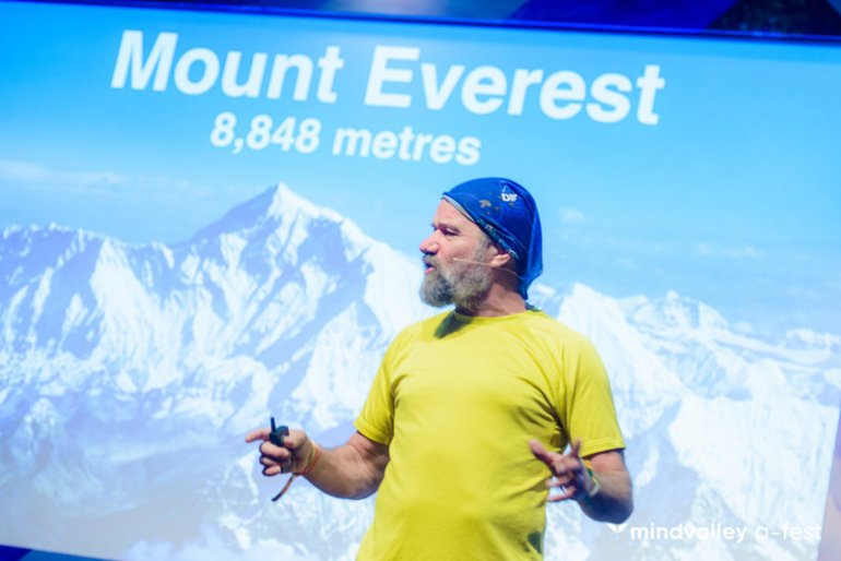 Wim speaking on stage about the Wim Hof Method