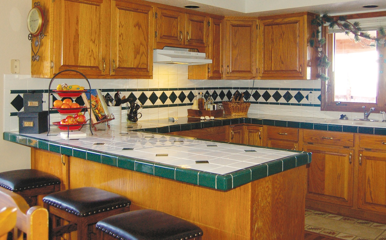 Can Bathtubs And Kitchen Countertops Be Refinished