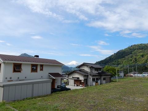 富士山!広角端25ミリで撮影。