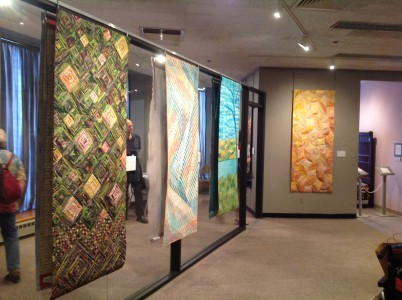 Seasonal Palettes exhibition at the New England Quilt Museum