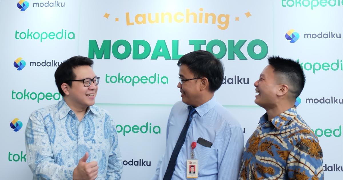 Kiri ke kanan: Samuel Sentana (AVP Fintech Tokopedia), Hendrikus Passagi (Direktur Pengaturan Perizinan dan Pengawasan Fintech OJK), dan Reynold Wijaya (Co-Founder & CEO Modalku)