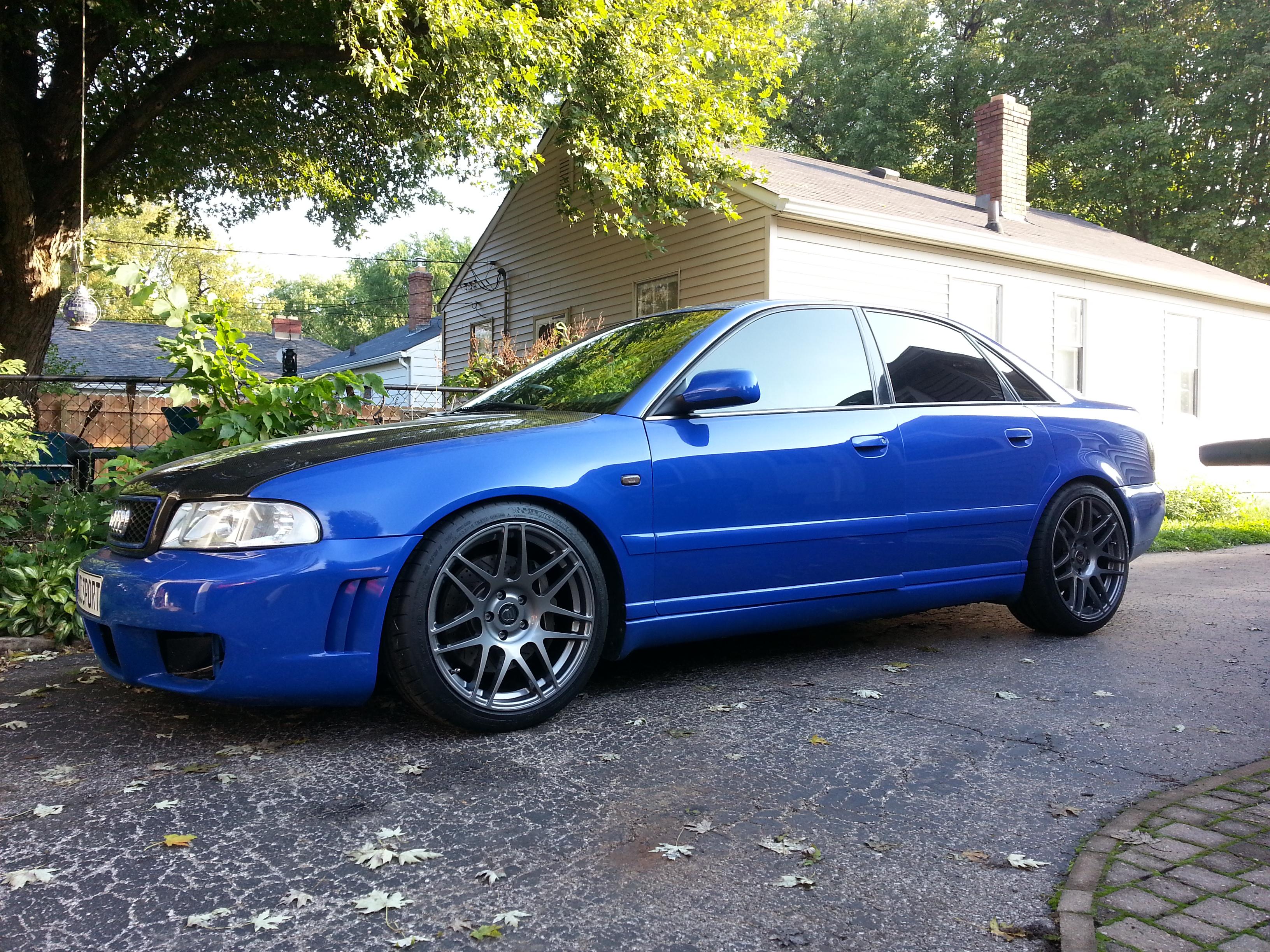 Forgestar wheels on a Blue 2000 Audi B5 S4 !!