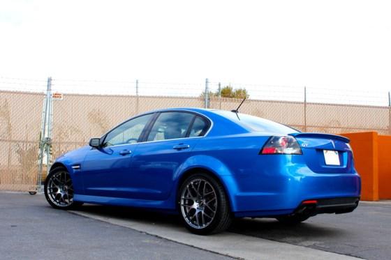 Blue Pontiac G8 VMR V710 Wheels Rear Bumper