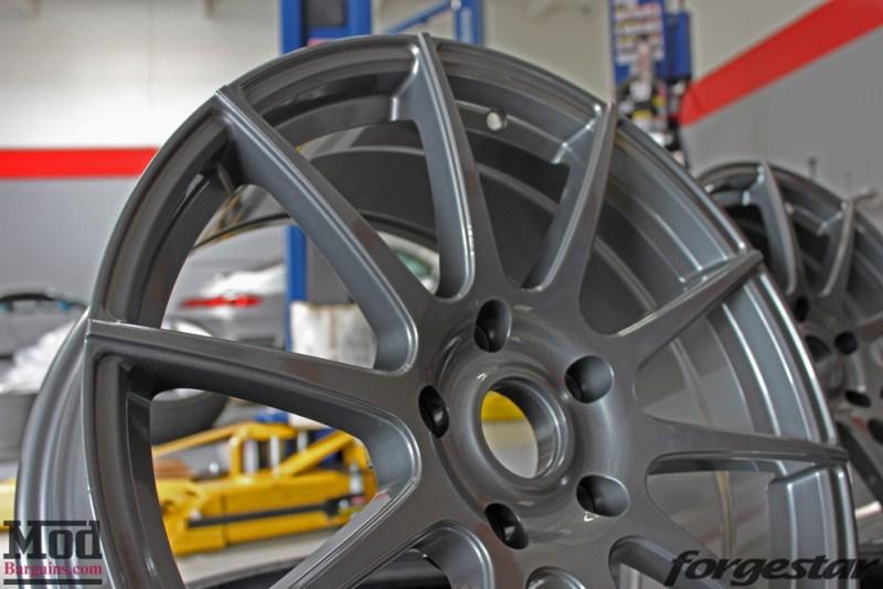 porsche-996-carrera-4s-on-gm-forgestar-cf10-img016