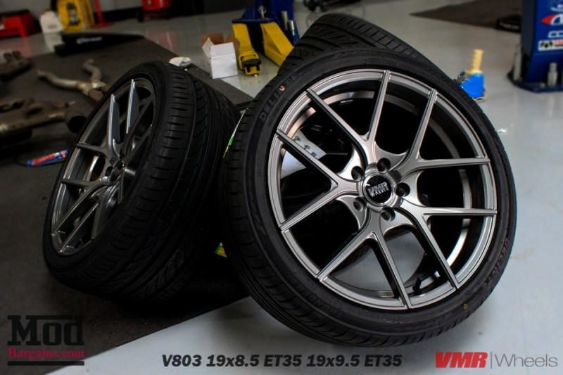 VMR_Wheels_V803_19x85et35_19x95et35_GM_on_gray_BMW_E92_335is_-1