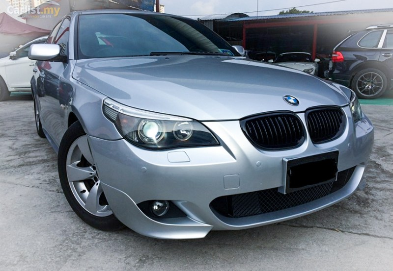 BMW_E60_530i_Msport_Bumper_Black_Kidney_Grilles