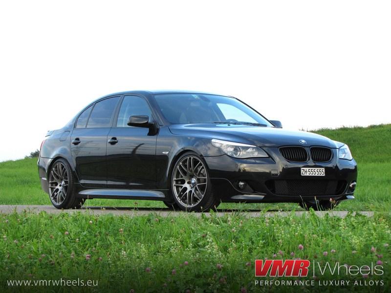 VMR_V718_HSL_on_E60_sedan-black1