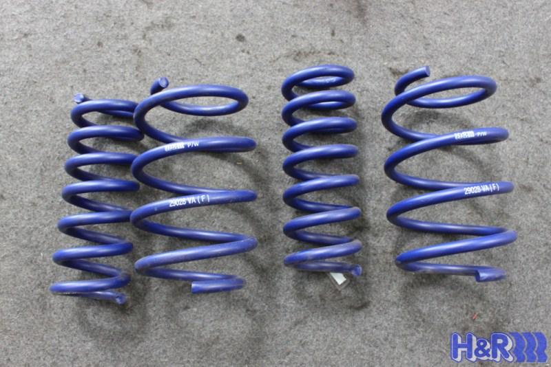 Mercedes_W204_C63_AMG_HR_SPort_Springs