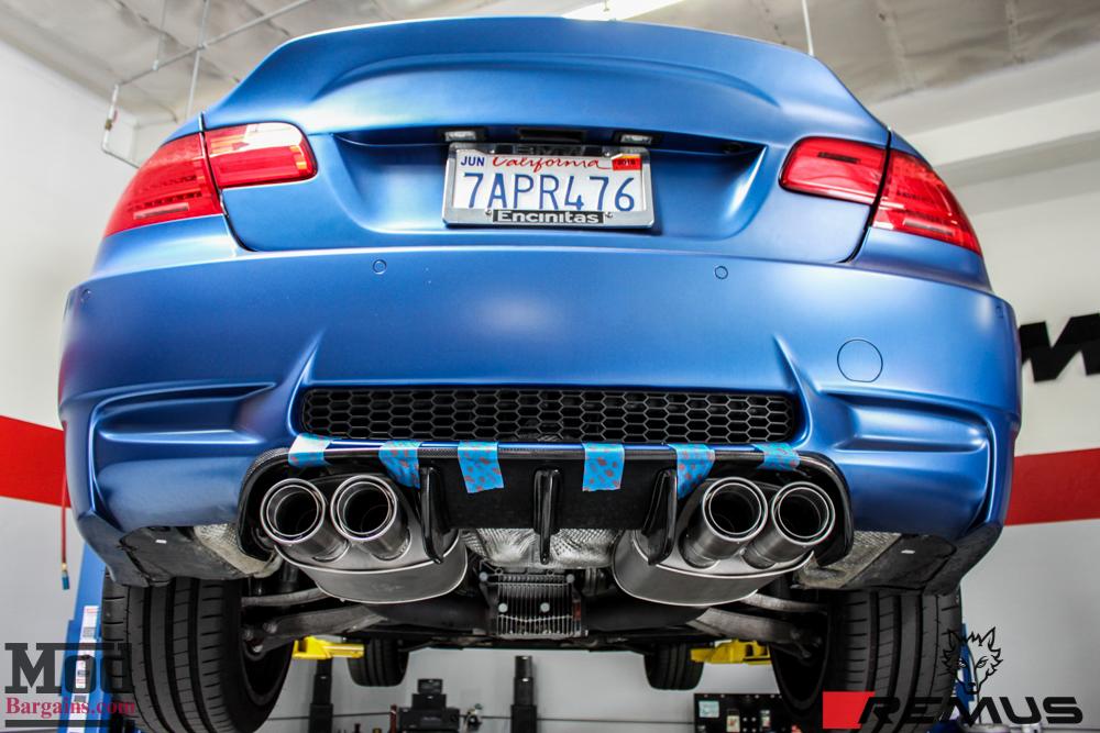 BMW_E92_Frozen_Blue_M3_Remus_US_RACE_CF_Lip_CSL_details-15