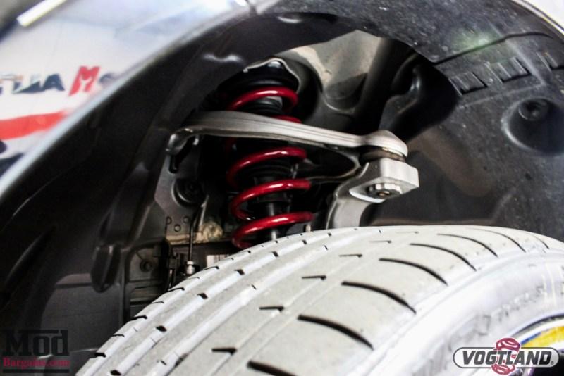 Mercedes_C300_4Matic_Rohana_Wheels_Vogtland_Springs-9