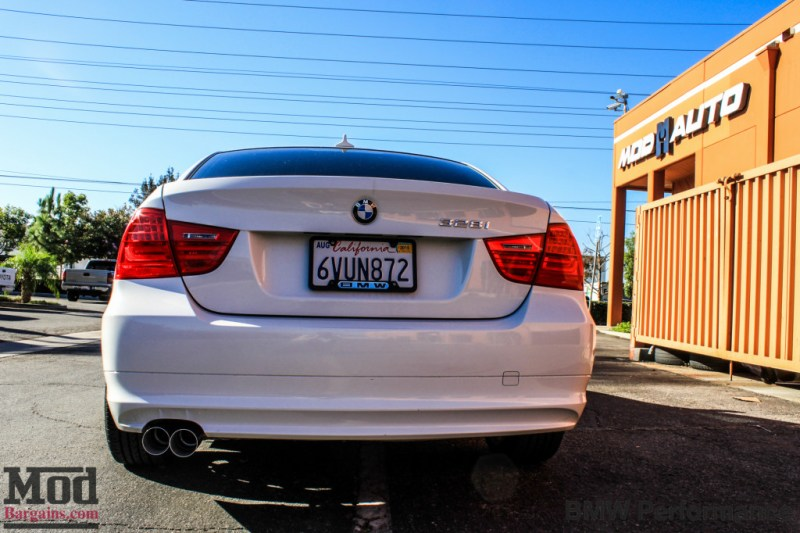 BMW_E90_328i_White_BMW_Performance_Exhaust_Only-18