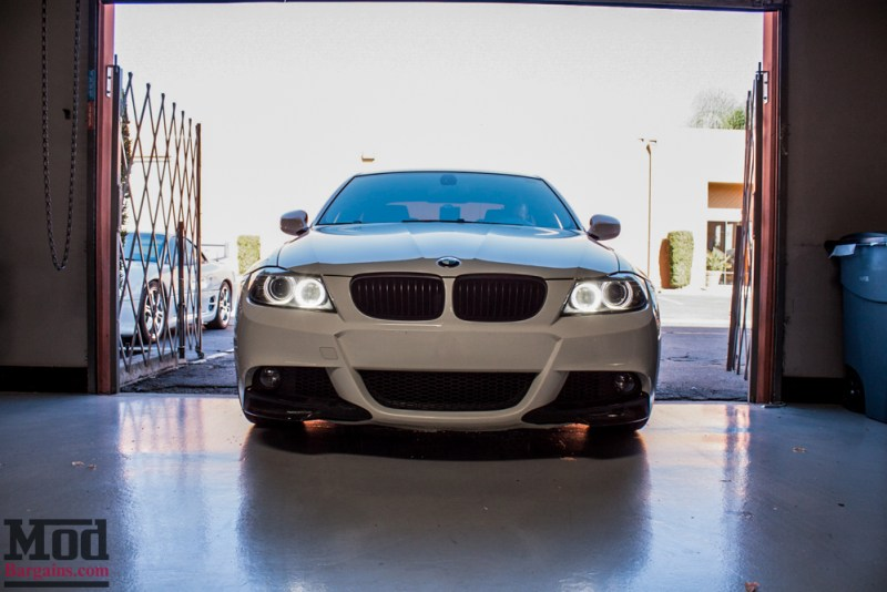 BMW_E90_White_CF_Splitters_Halos_Black_Kidneys-3