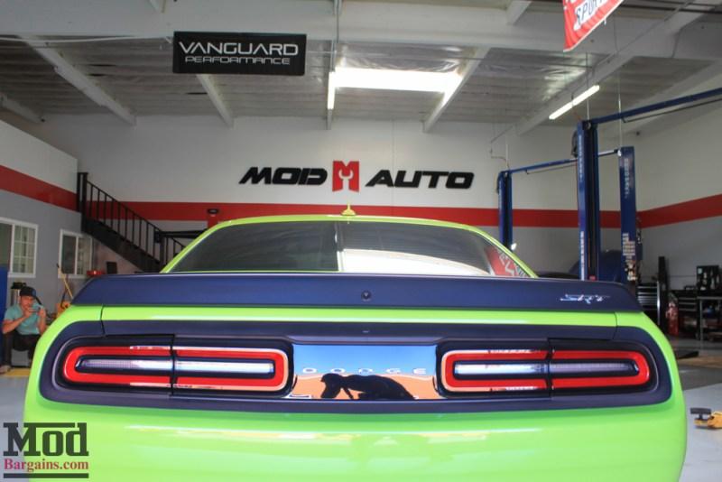 Dodge_Challenger_Hellcat_Forgestar_F14_MatteBlack_SDC_-7