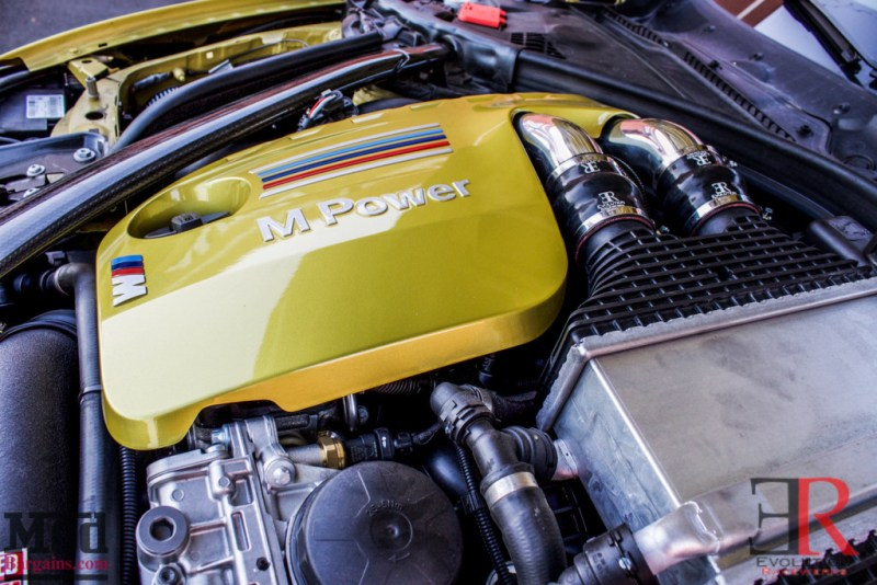 F83_BMW_M4_Evolution_Racewerks_Chargepipes_Injen_Intake-27