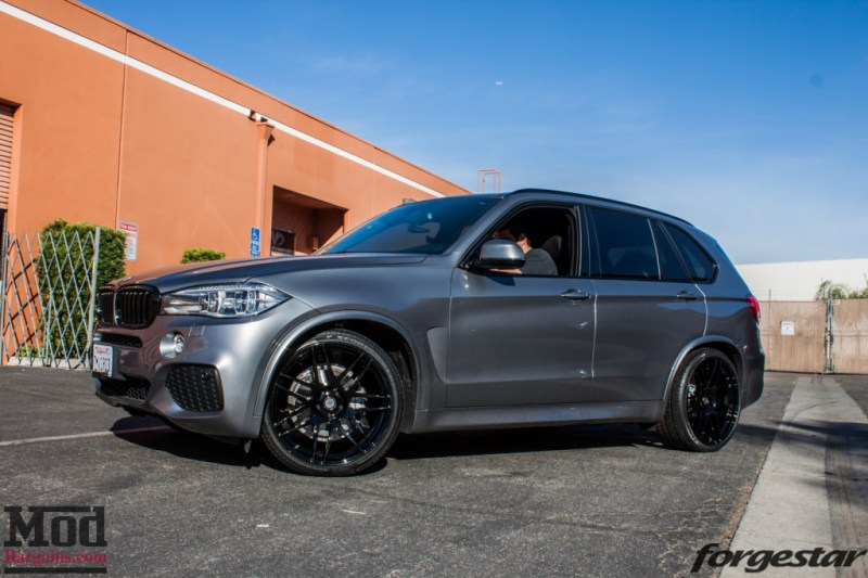 F15 Bmw X5 On Massive 22in Black Forgestar F14 Wheels