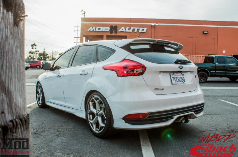 Eibach-Lowered 2015 Ford Focus ST gets Wagner Tuning