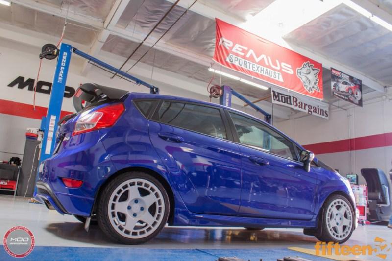 Ford_Fiesta_ST_Fifteen52_Turbomac_Seibon_CF_Hood_Luis_Lara (15)