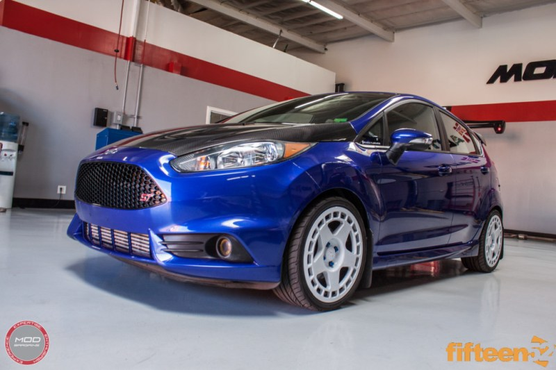 Ford_Fiesta_ST_Fifteen52_Turbomac_Seibon_CF_Hood_Luis_Lara (37)